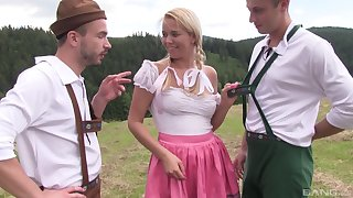 Open-air MMF threesome with pretty good country girl Nikky Dream