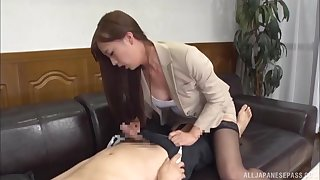 Japanese babe in lingerie rides and sucks cock in dramatize expunge office